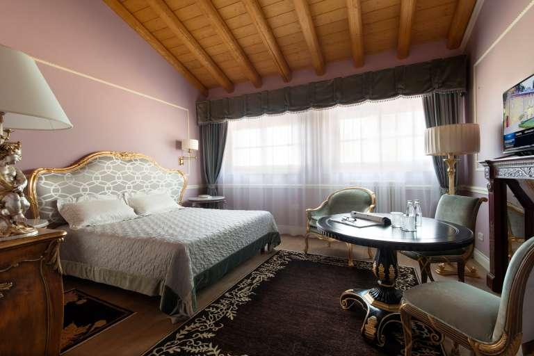 Zimmer Elegance mit Dampfdusche